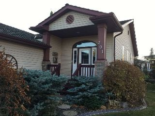Main Photo: 201 Fairway Drive: Stony Plain House for sale : MLS® # E4085057