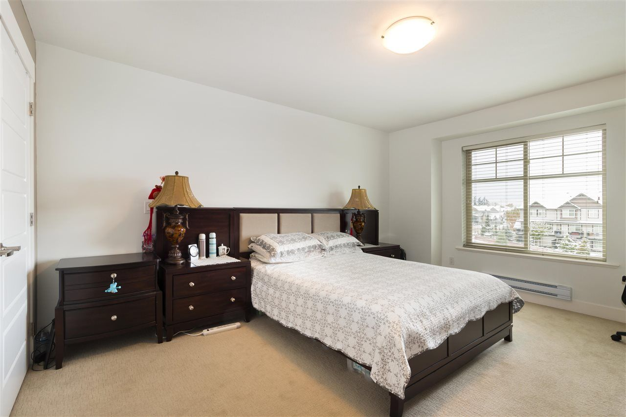 "Photo 10: Photos: 12 19525 73 Avenue in Surrey: Clayton Townhouse for sale in ""UPTOWN"" (Cloverdale)  : MLS® # R2217576"