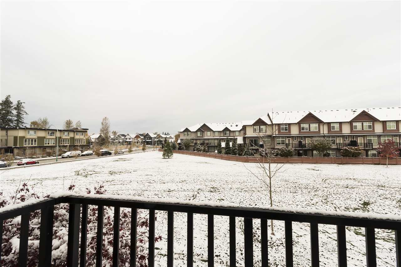 "Photo 11: Photos: 12 19525 73 Avenue in Surrey: Clayton Townhouse for sale in ""UPTOWN"" (Cloverdale)  : MLS® # R2217576"