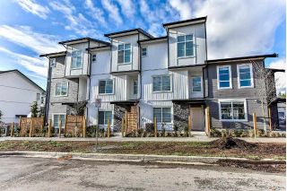 "Main Photo: 32 5867 129 Street in Surrey: Panorama Ridge Townhouse for sale in ""PANORAMA MEWS"" : MLS® # R2227684"