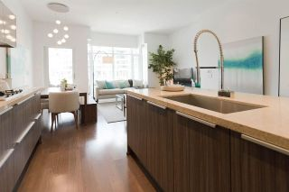 "Main Photo: 204 1633 ONTARIO Street in Vancouver: False Creek Condo for sale in ""KAYAK"" (Vancouver West)  : MLS® # R2258592"