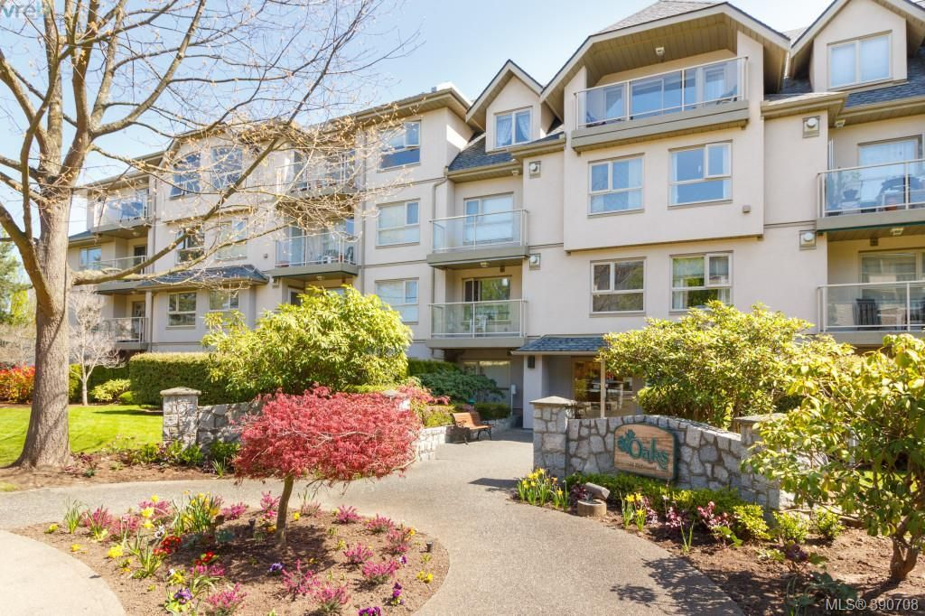 FEATURED LISTING: 402 - 1715 Richmond Rd VICTORIA