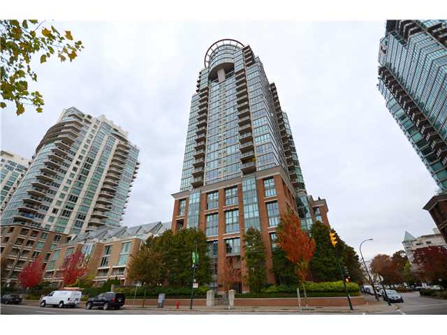 "Main Photo: 1504 1088 QUEBEC Street in Vancouver: Mount Pleasant VE Condo for sale in ""Viceroy"" (Vancouver East)  : MLS® # V919098"
