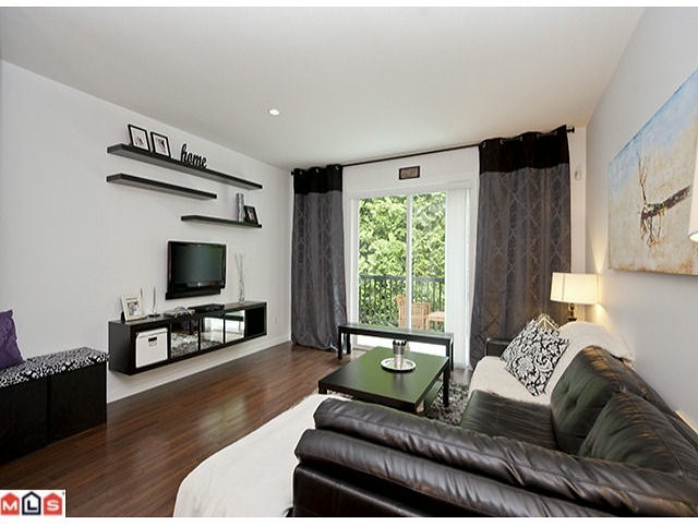 Photo 2: 30 8767 162ND Street in Surrey: Fleetwood Tynehead Condo for sale : MLS® # F1223308
