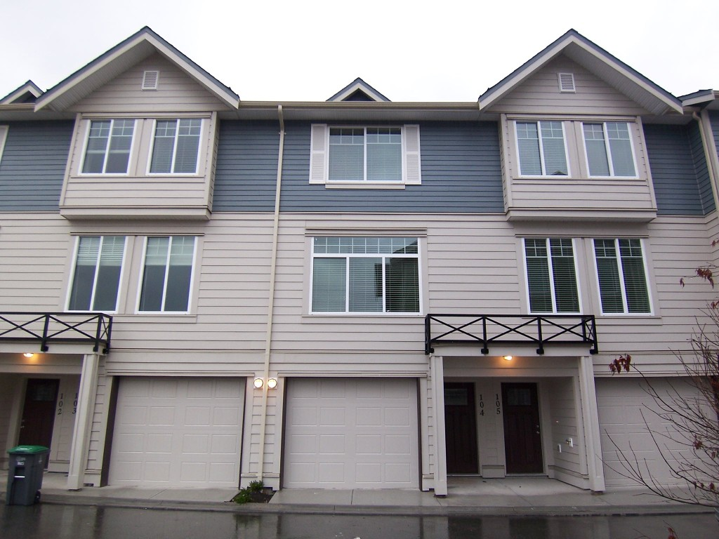 Main Photo: 104 15399 Guildford Drive in Surrey: Guildford Townhouse for sale : MLS® # N/A