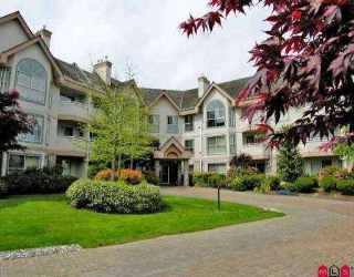 "Main Photo: 114 7161 121ST ST in Surrey: West Newton Condo for sale in ""Highlands"" : MLS® # F2611983"