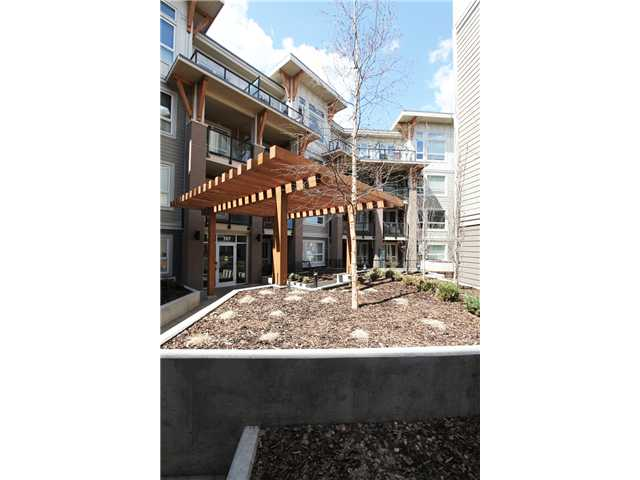 Main Photo: 416 707 4 Street NE in CALGARY: Bridgeland Condo for sale (Calgary)  : MLS® # C3615314
