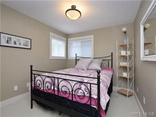Photo 13: 2101 Bishops Gate in VICTORIA: La Bear Mountain Single Family Detached for sale (Langford)  : MLS(r) # 359260