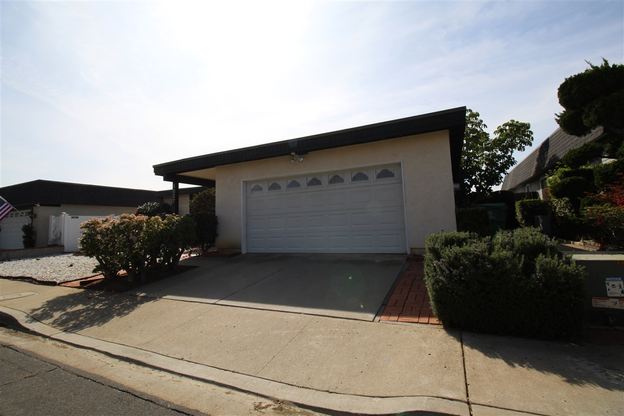 Main Photo: BAY PARK House for sale : 3 bedrooms : 3027 Slayen Way in San Diego