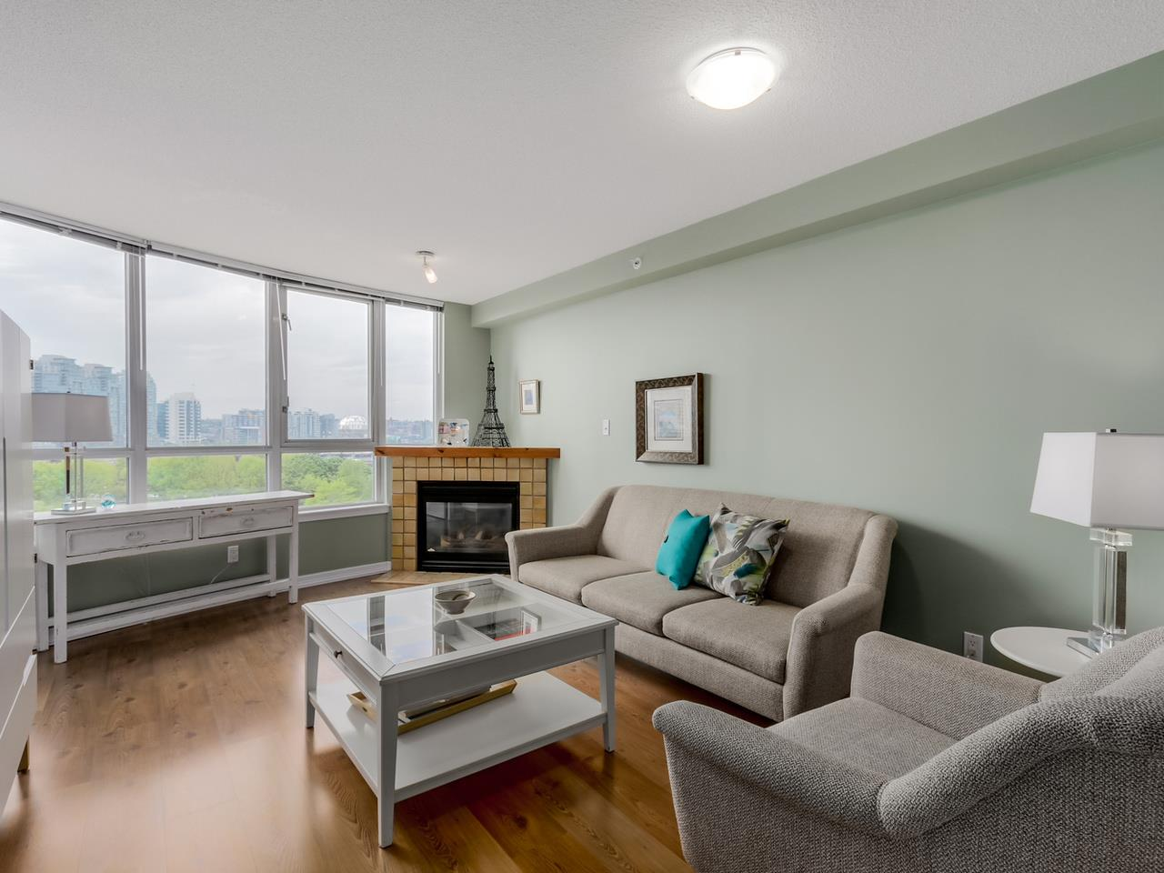 "Main Photo: 808 63 KEEFER Place in Vancouver: Downtown VW Condo for sale in ""Europa"" (Vancouver West)  : MLS(r) # R2061272"