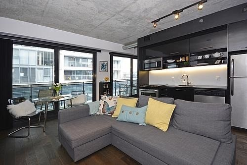 Main Photo: 434 47 Lower River Street in Toronto: Moss Park Condo for sale (Toronto C08)  : MLS(r) # C3486509