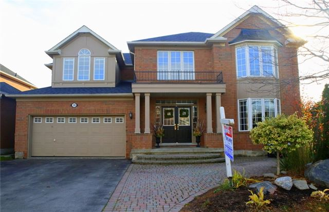 Main Photo: 20 Merlin Drive in Brampton: Vales of Castlemore House (2-Storey) for sale : MLS®# W3648653