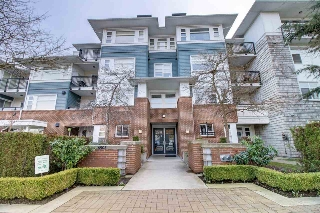 Main Photo: 213 6508 DENBIGH Avenue in Burnaby: Forest Glen BS Condo for sale (Burnaby South)  : MLS(r) # R2148044