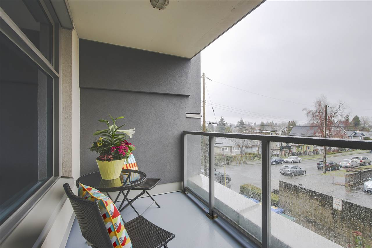 "Photo 12: 209 4868 FRASER Street in Vancouver: Fraser VE Condo for sale in ""FRASERVIEW TERRACE"" (Vancouver East)  : MLS(r) # R2149989"