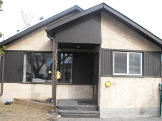 Main Photo: 10633 155 Street NW in Edmonton: Zone 21 House for sale : MLS(r) # E4057629