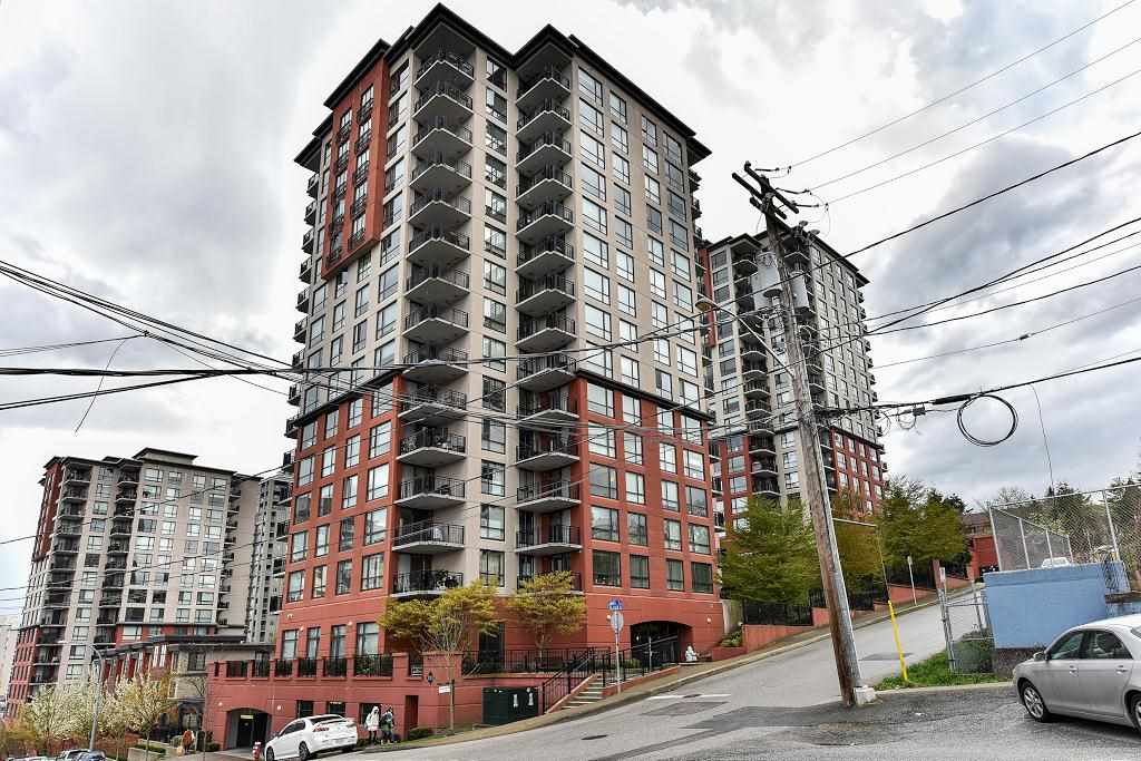 "Main Photo: 1107 813 AGNES Street in New Westminster: Downtown NW Condo for sale in ""THE NEWS"" : MLS(r) # R2154103"