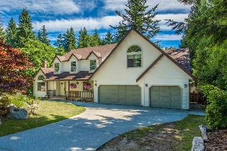 "Main Photo: 8127 FRANCES Road in Halfmoon Bay: Halfmn Bay Secret Cv Redroofs House for sale in ""Welcome Woods"" (Sunshine Coast)  : MLS® # R2183650"