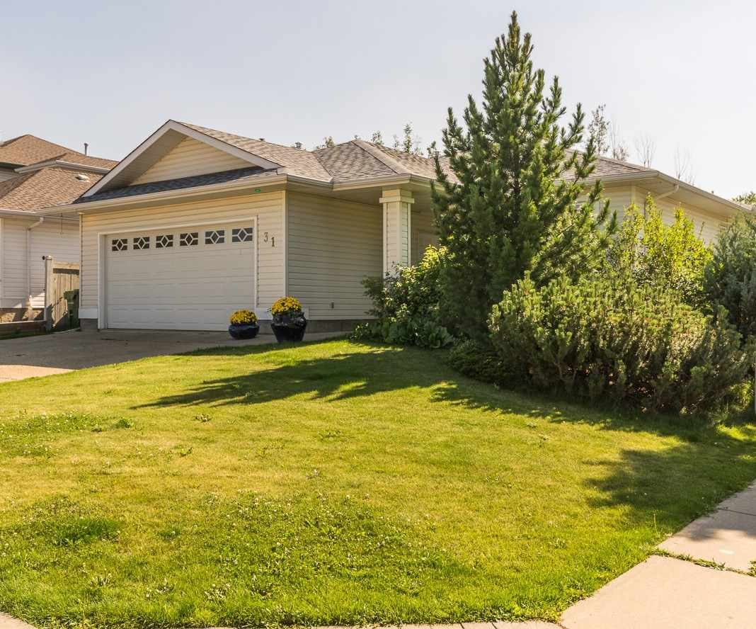 Main Photo: 31 HERITAGE Drive: St. Albert House for sale : MLS® # E4077114