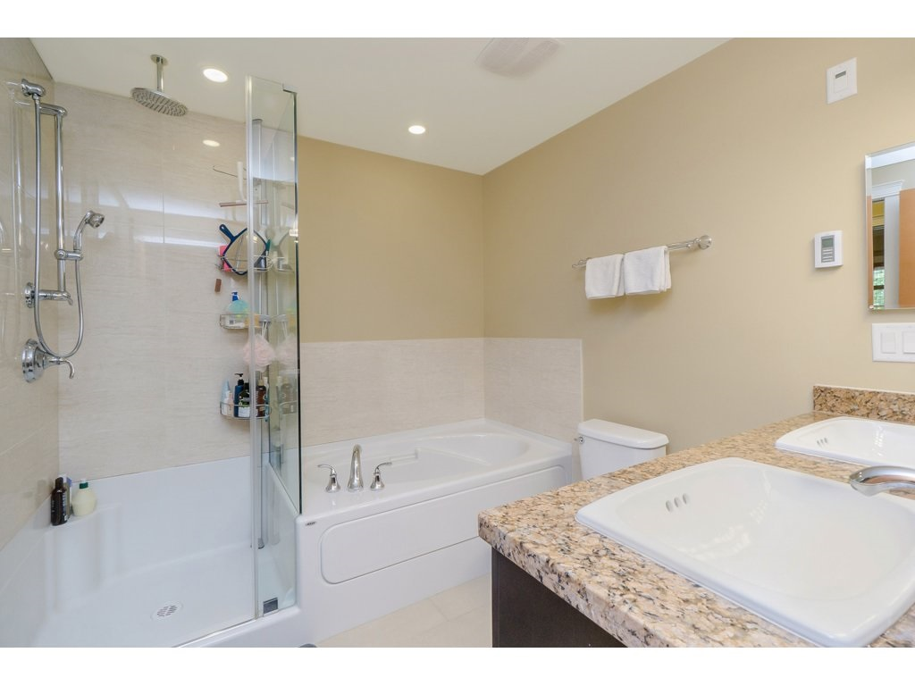 "Photo 13: 351 8328 207A Street in Langley: Willoughby Heights Condo for sale in ""YORKSON CREEK"" : MLS® # R2196542"