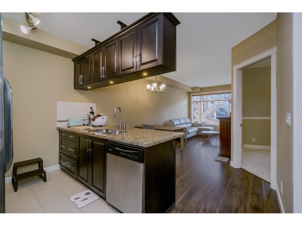 "Photo 9: 351 8328 207A Street in Langley: Willoughby Heights Condo for sale in ""YORKSON CREEK"" : MLS® # R2196542"