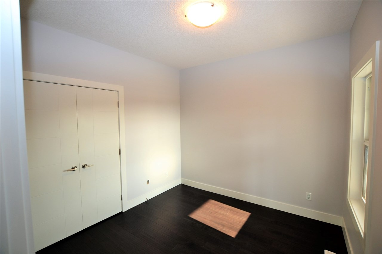 Photo 2: 17803 8 Avenue in Edmonton: Zone 56 House for sale : MLS® # E4079765