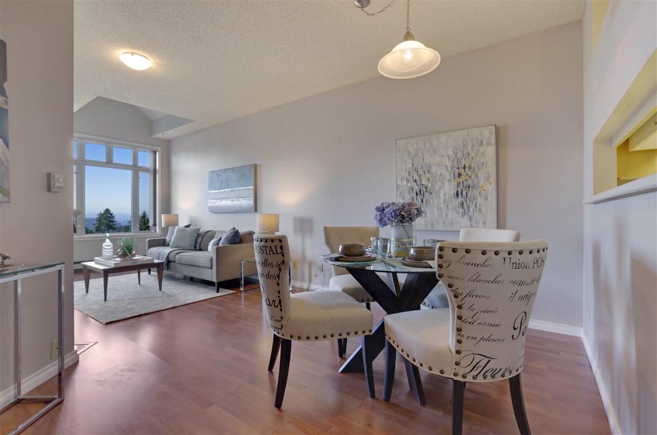 "Photo 3: 501 2800 CHESTERFIELD Avenue in North Vancouver: Upper Lonsdale Condo for sale in ""Somerset Green"" : MLS® # R2202259"