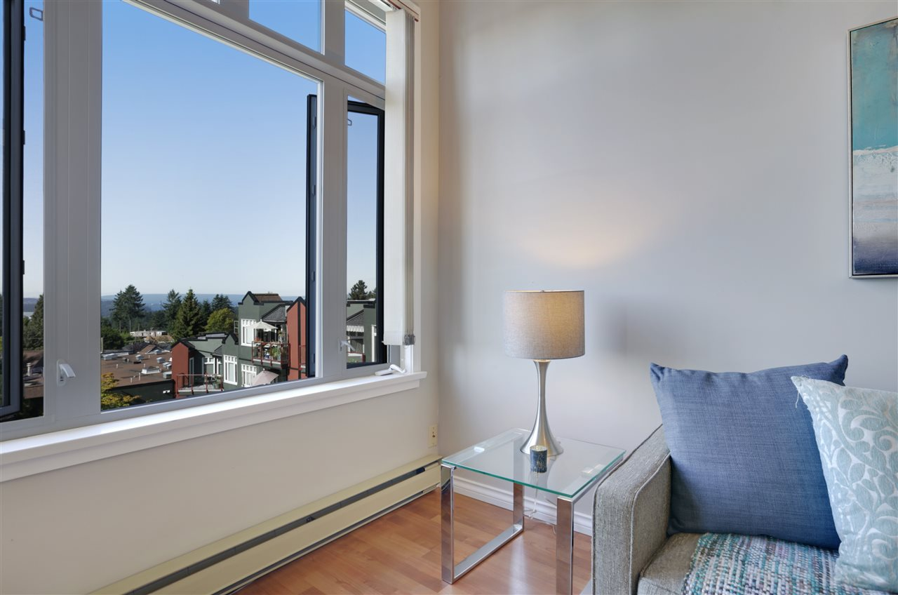 "Photo 6: 501 2800 CHESTERFIELD Avenue in North Vancouver: Upper Lonsdale Condo for sale in ""Somerset Green"" : MLS® # R2202259"