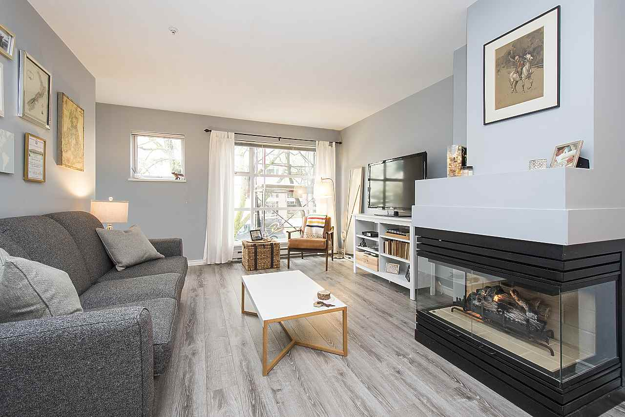 Main Photo: 202 2815 YEW Street in Vancouver: Kitsilano Condo for sale (Vancouver West)  : MLS®# R2255235