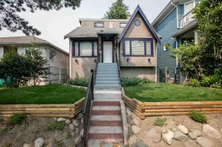 Main Photo: 1569 E 12TH Avenue in Vancouver: Grandview VE House for sale (Vancouver East)  : MLS®# R2257459