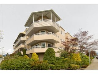 Main Photo: 302 46005 BOLE Avenue in Chilliwack: Chilliwack N Yale-Well Condo for sale : MLS®# R2257715