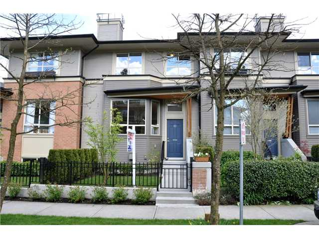 "Main Photo: 82 100 KLAHANIE Drive in Port Moody: Port Moody Centre Townhouse for sale in ""INDIGO"" : MLS® # V888503"
