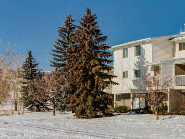 Main Photo: 10 3015 51 Street SW in CALGARY: Glenbrook Townhouse for sale (Calgary)  : MLS® # C3600694
