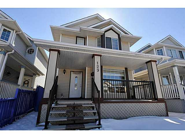Main Photo: 129 MARTINRIDGE Crescent NE in CALGARY: Martindale Residential Detached Single Family for sale (Calgary)  : MLS® # C3607684