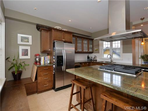 Photo 7: 1 80 Moss Street in VICTORIA: Vi Fairfield West Townhouse for sale (Victoria)  : MLS® # 347353