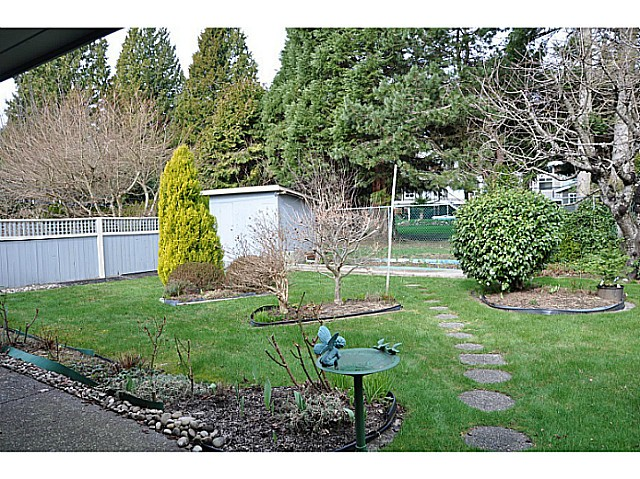 "Photo 19: 12541 21A Avenue in Surrey: Crescent Bch Ocean Pk. House for sale in ""OCEAN CLIFF ESTATES"" (South Surrey White Rock)  : MLS® # F1434041"