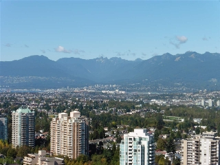 "Main Photo: 3702 4880 BENNETT Street in Burnaby: Metrotown Condo for sale in ""CHANCELLOR"" (Burnaby South)  : MLS® # R2006395"