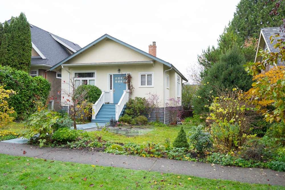 Main Photo: 4519 W 12TH Avenue in Vancouver: Point Grey House for sale (Vancouver West)  : MLS® # R2012421