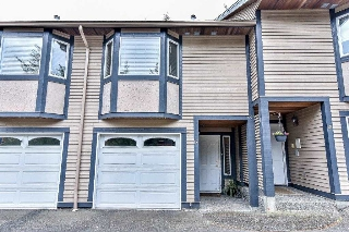 "Main Photo: 13 1828 LILAC Drive in Surrey: King George Corridor Townhouse for sale in ""Lilac Green"" (South Surrey White Rock)  : MLS® # R2073823"