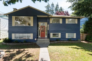 Main Photo: 13688 BLACKBURN Avenue: White Rock House for sale (South Surrey White Rock)  : MLS(r) # R2083637