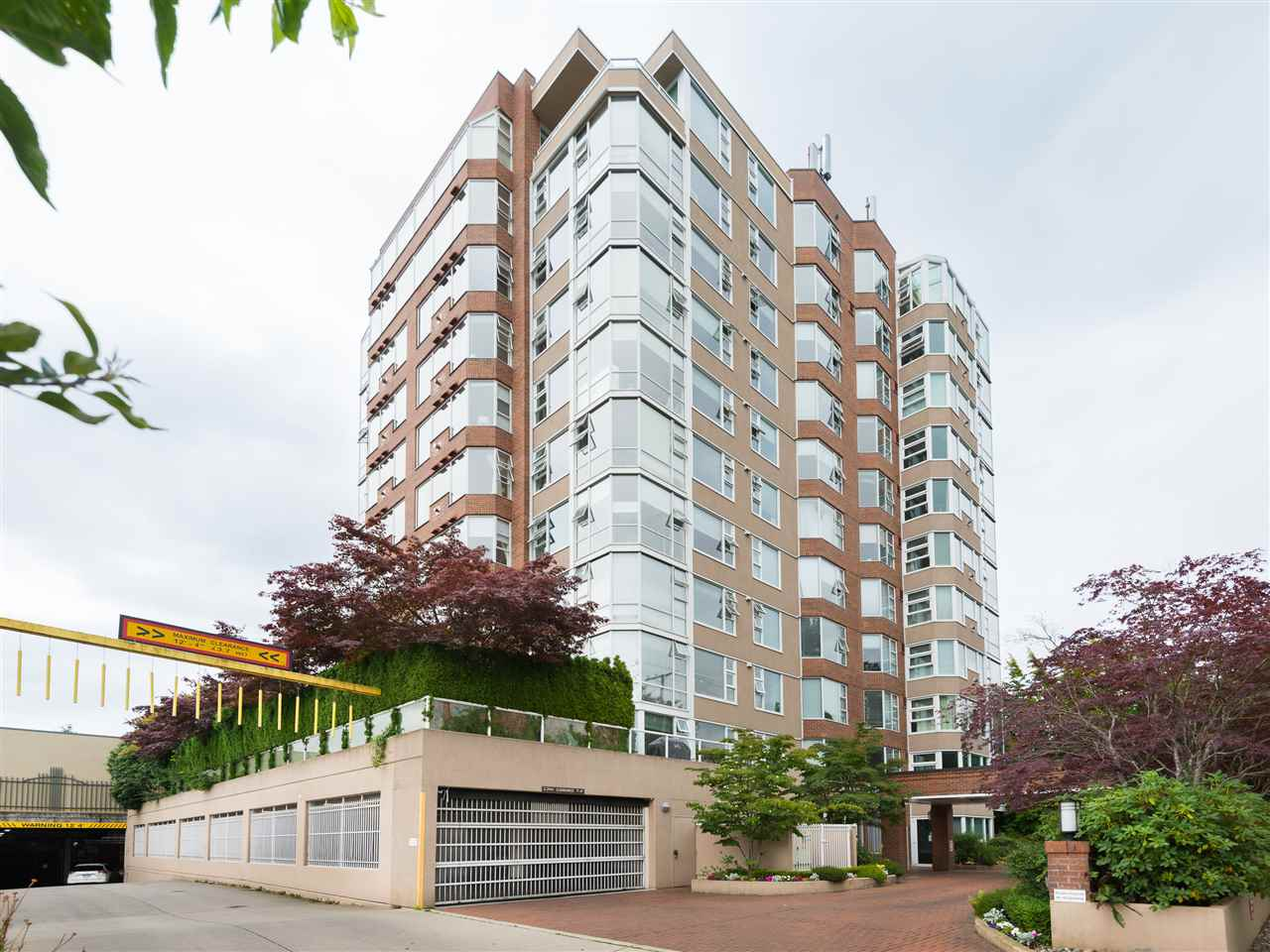 "Photo 15: 504 2020 HIGHBURY Street in Vancouver: Point Grey Condo for sale in ""HIGHBURY TOWERS"" (Vancouver West)  : MLS(r) # R2127587"