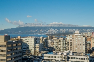 "Main Photo: 1101 1633 W 10TH Avenue in Vancouver: Fairview VW Condo for sale in ""HENNESSY HOUSE"" (Vancouver West)  : MLS(r) # R2132652"