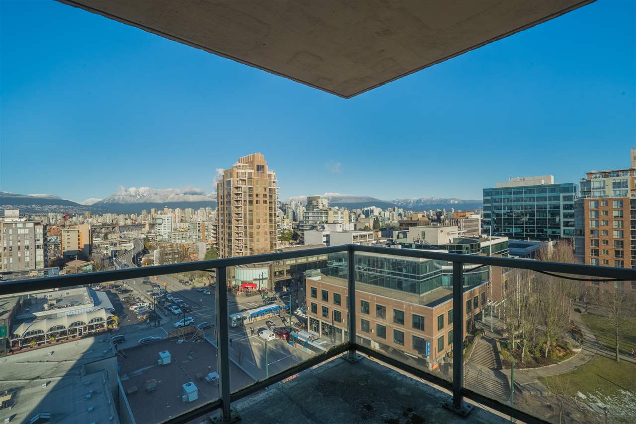 "Photo 18: 1101 1633 W 10TH Avenue in Vancouver: Fairview VW Condo for sale in ""HENNESSY HOUSE"" (Vancouver West)  : MLS(r) # R2132652"