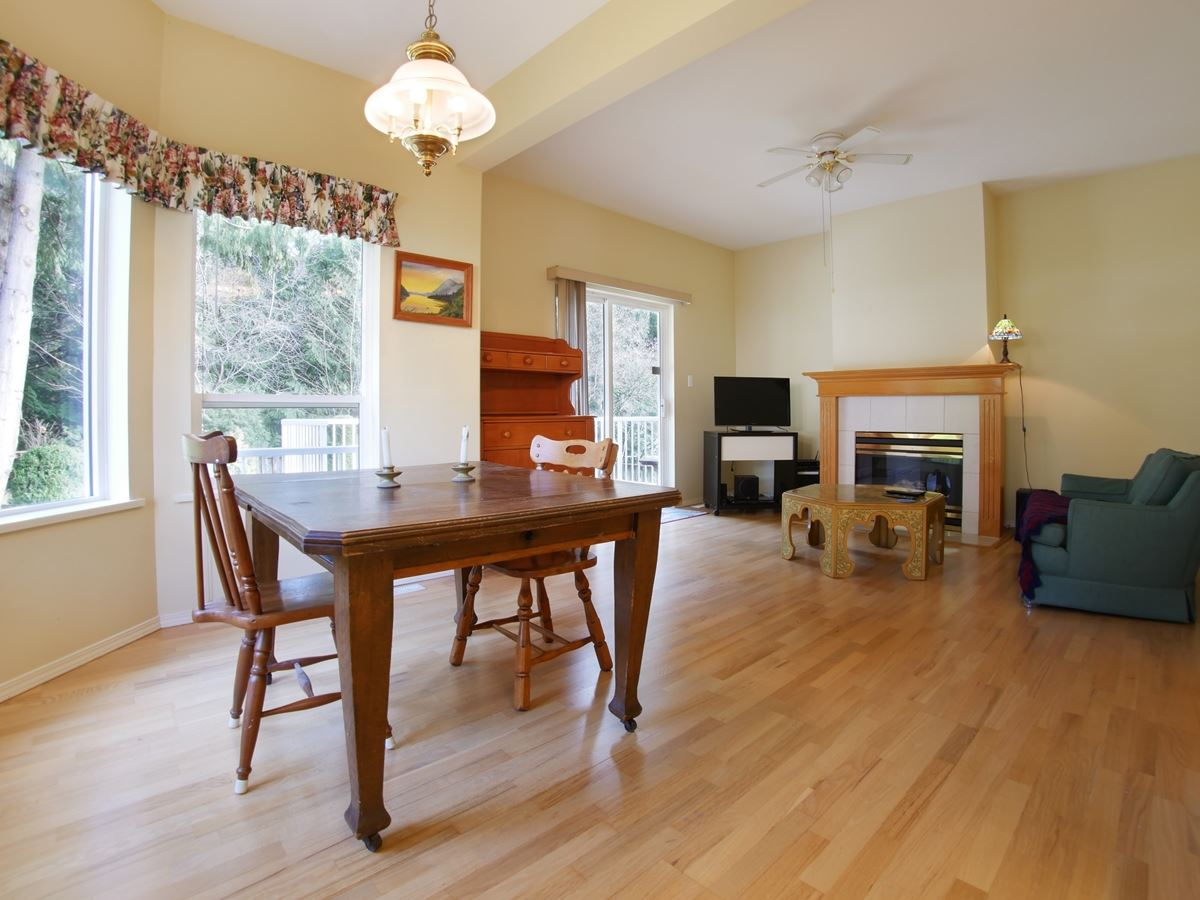 Photo 11: 842 TRALEE Place in Gibsons: Gibsons & Area House for sale (Sunshine Coast)  : MLS(r) # R2135771