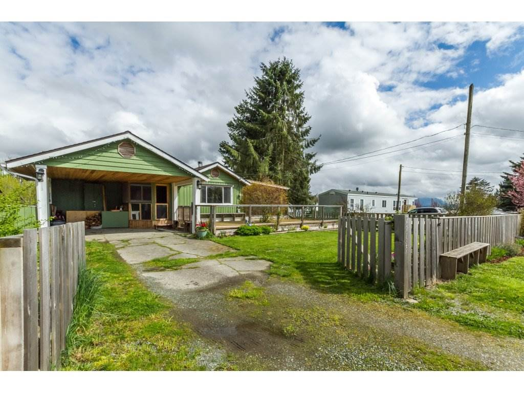 Main Photo: 28995 MCTAVISH Road in Abbotsford: Bradner House for sale : MLS(r) # R2158897