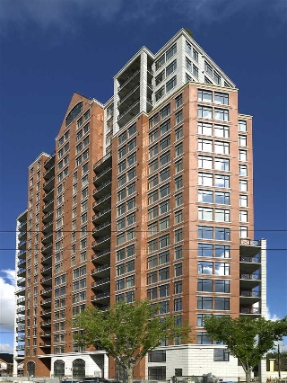 Main Photo: 102 9020 JASPER Avenue in Edmonton: Zone 13 Condo for sale : MLS(r) # E4063943