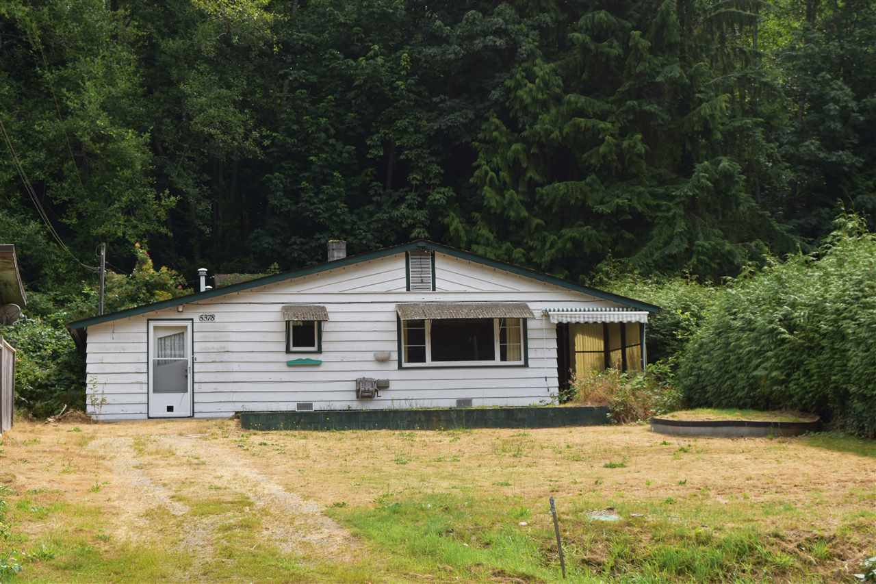 Main Photo: 5378 SUNSHINE COAST Highway in Sechelt: Sechelt District House for sale (Sunshine Coast)  : MLS®# R2190415