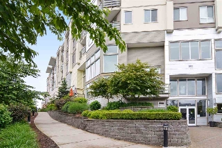 "Main Photo: 212 15850 26 Avenue in Surrey: Grandview Surrey Condo for sale in ""The Summit"" (South Surrey White Rock)  : MLS® # R2196646"