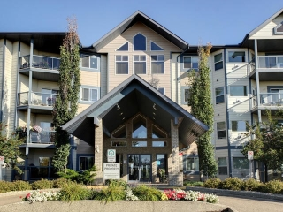 Main Photo: 212 100 FOXHAVEN Drive: Sherwood Park Condo for sale : MLS® # E4082333