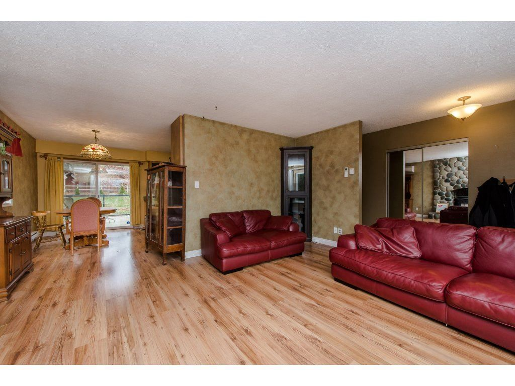 Photo 6: Photos: 37471 ATKINSON Road in Abbotsford: Sumas Mountain House for sale : MLS® # R2220193