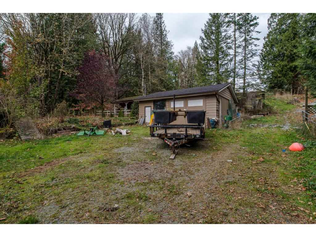 Photo 18: Photos: 37471 ATKINSON Road in Abbotsford: Sumas Mountain House for sale : MLS® # R2220193